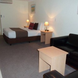Emu Point Motel & Apartments